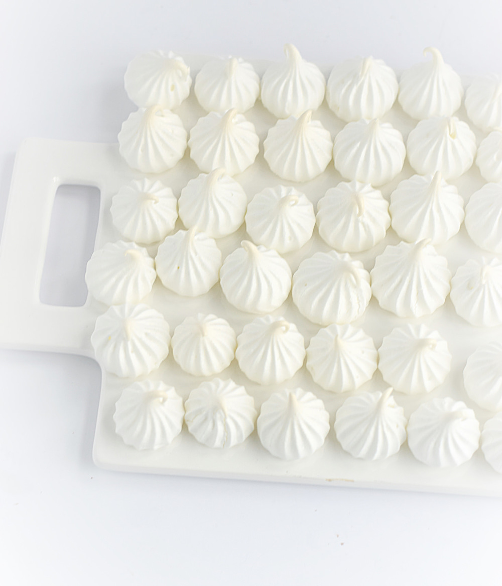 Perfect Meringues | TrufflesandTrends.com