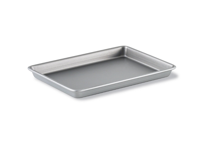 Calphalon Brownie Pan - 8 More Bonus Baking Tools | TrufflesandTrends.com