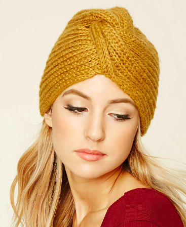 Forever 21 Twist-Front Beanie