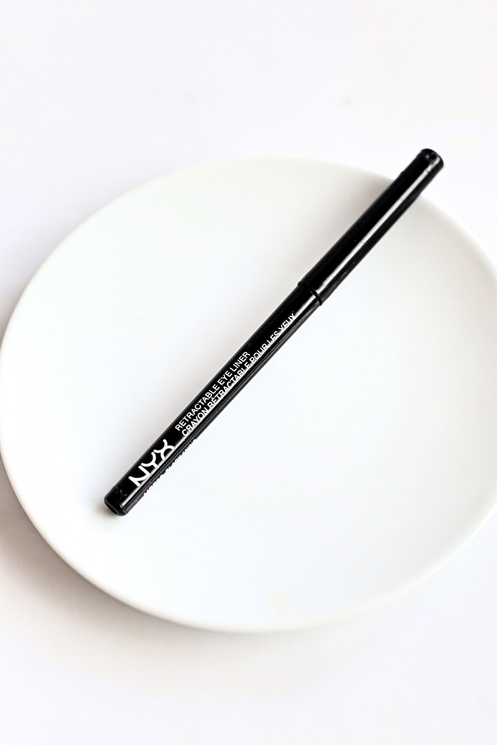 My Favorite Drugstore Makeup Products - NYX Eye Liner | TrufflesandTrends.com