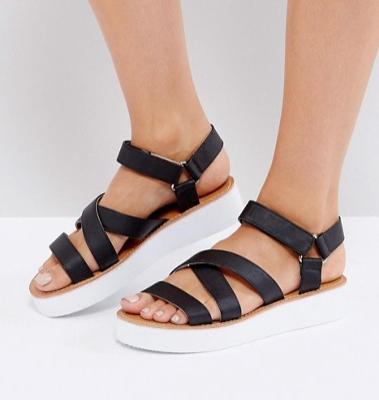 London Rebel Flatform Strap Sandal