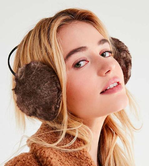 UO Faux Fur Ear Muff