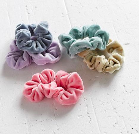 UO Velvet Hair Scrunchie Set