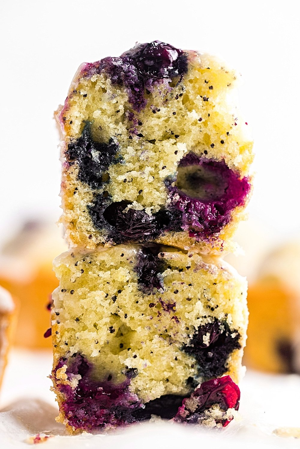 Mini Blueberry Poppy Seed Loaves: tender, light, fluffy loaf cakes filled with poppy seeds and juicy, fresh blueberries. Quick and dairy-free! | Trufflesandtrends.com