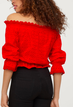 HM Off-the-shoulder Blouse
