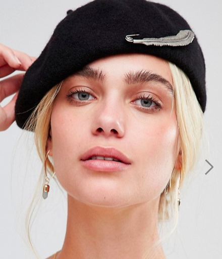 Sacred Hawk beret with feather pin