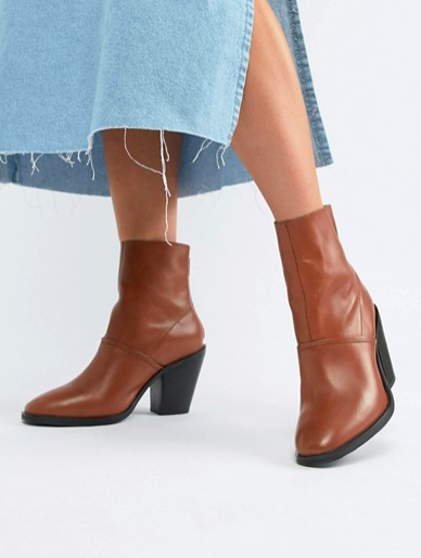 ASOS DESIGN Elexis leather ankle sock boots