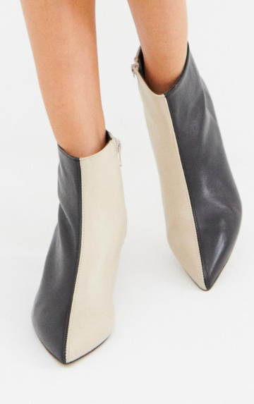 ASOS DESIGN Runaround leather pointed ankle boots