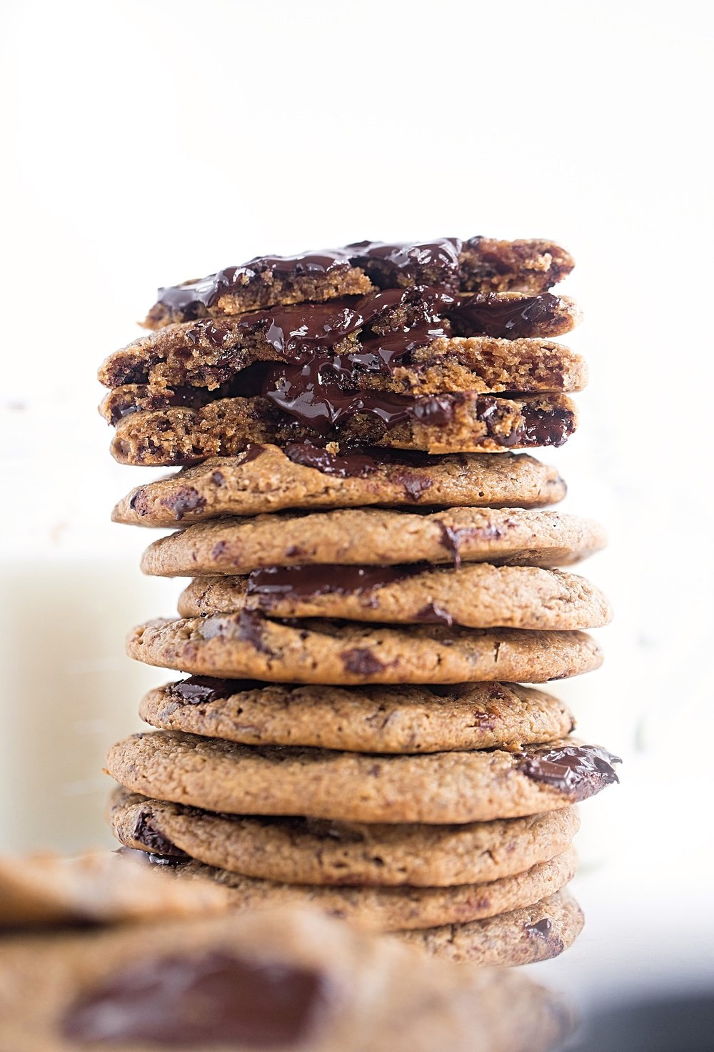 Flourless Nut Butter Chocolate Chip Cookies: soft, rich, stick-to-your-teeth chewy cookies packed with oozing chunks of chocolate. Gluten and dairy free! | TrufflesandTrends.com