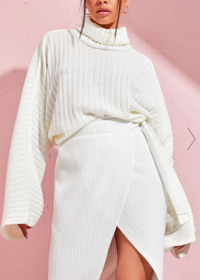 PLT CREAM RIBBED KNIT HIGH NECK SWEATER