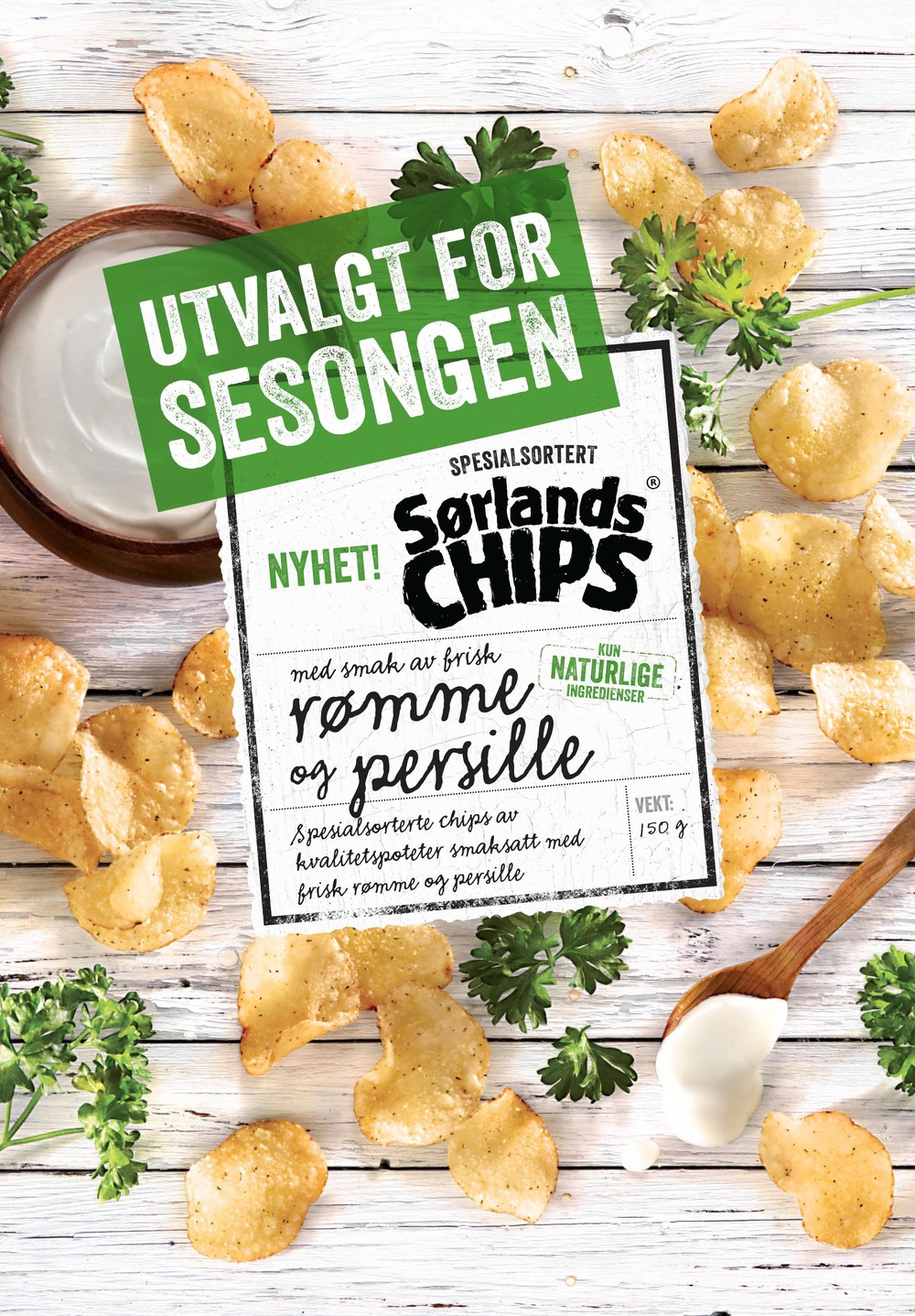 Sørlandschips, sour cream and  parsley.
