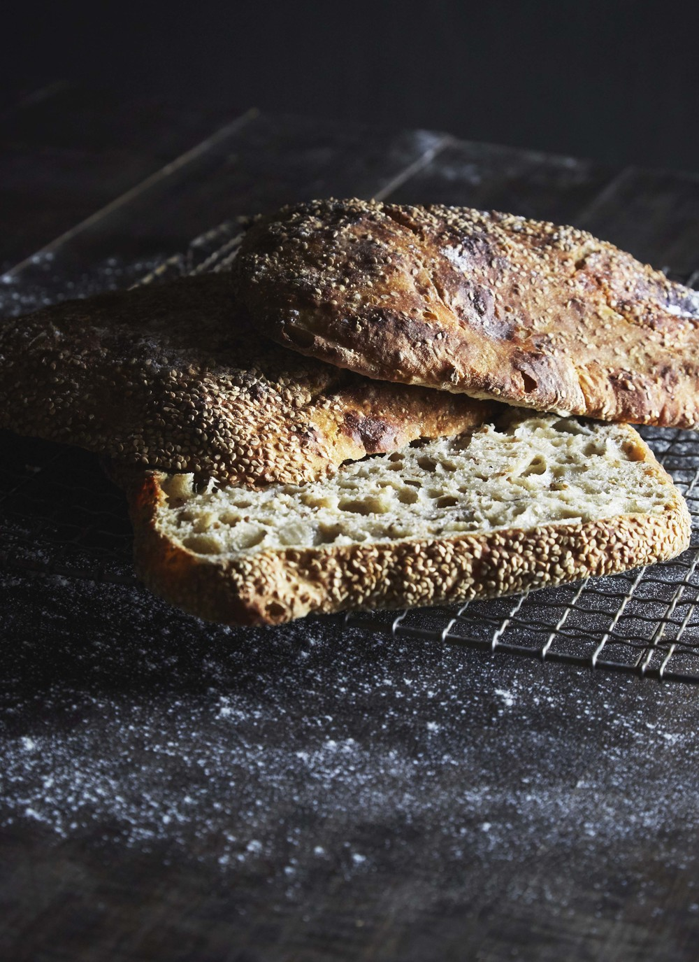 Sesame seed bread from Handwerk, editorial for Matmagasinet NORD.