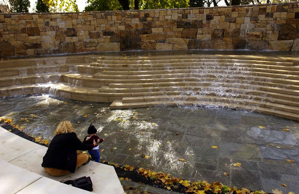 03_Fountain.jpg