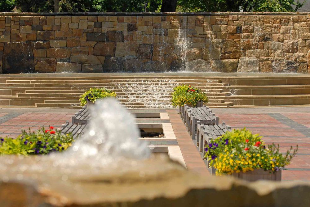plaza fountain.jpg