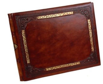 golden_frame_leather_guest_book.jpg