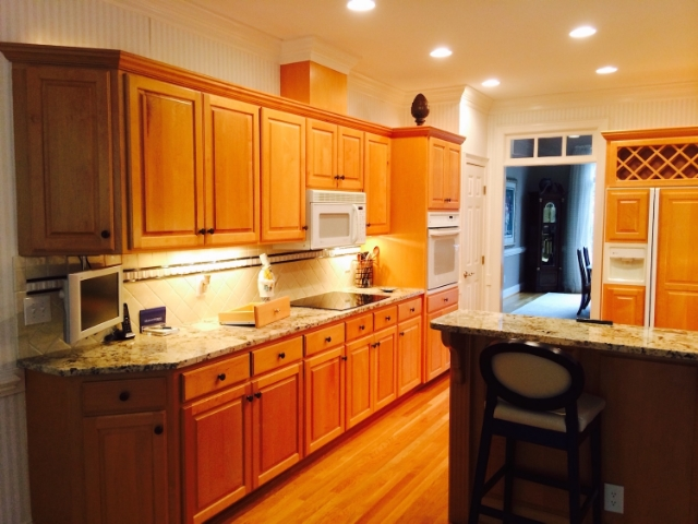 Kitchen Cabinets: Refinishing, Refacing, Redooring, Custom Cabinets ...