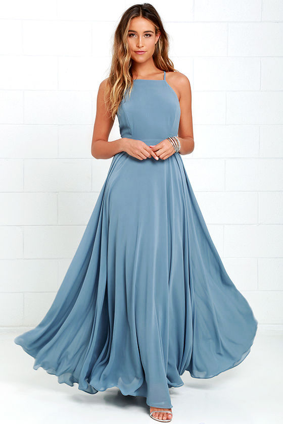 BONUS! I'd LOVE to see one of my brides wear this for an epic engagement shoot this summer! Click on the image—it's from Lulu's and would be a stunning buy!