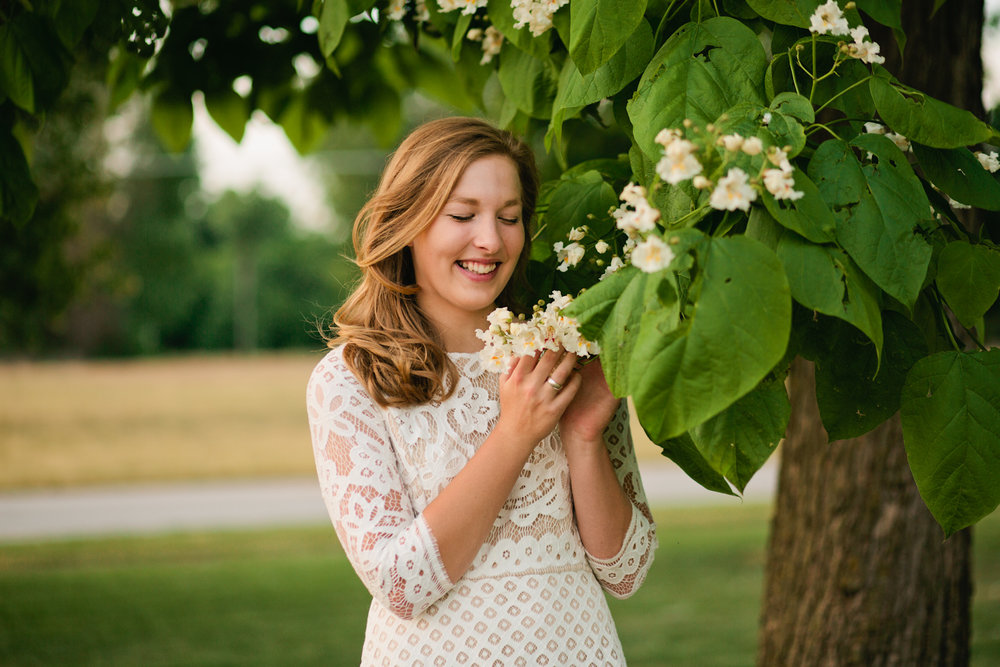 Cedar Falls, IA senior portrait photographer