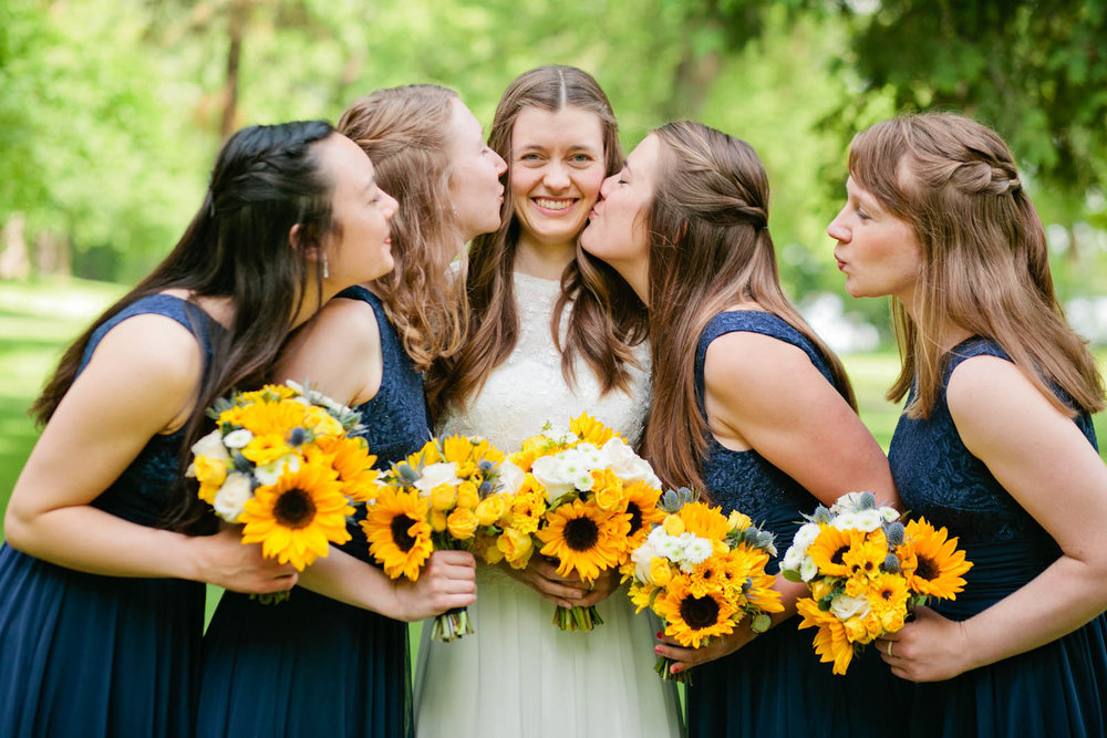 sunflowers wedding bouquets bride minnesota