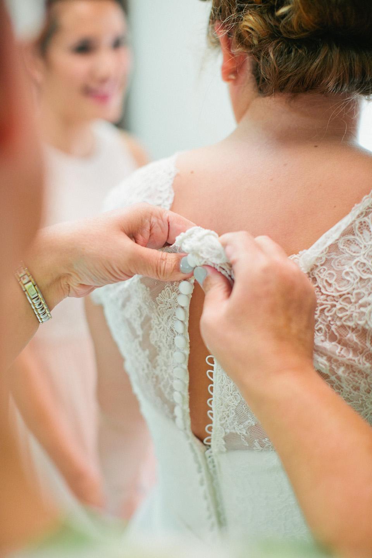 detail dress shot wedding photography