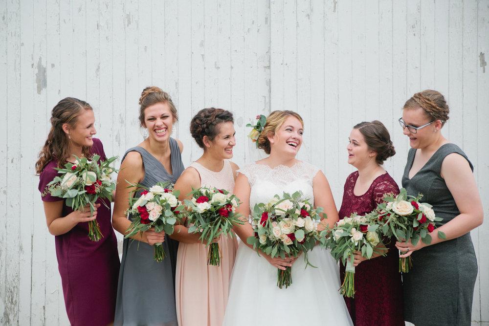 Ames Iowa Wedding photographer Amelia Renee