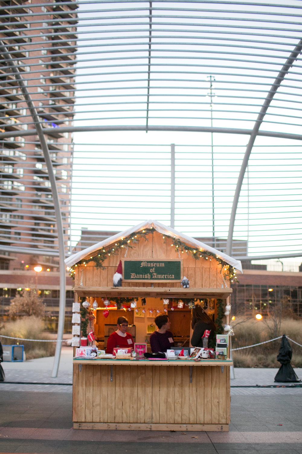 what to do in Des Moines in the winter outside ice skating and Christkindlmarket