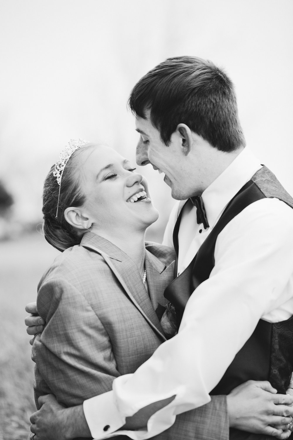 https://www.theknot.com/marketplace/wedding-photographers-kansas-city-mo