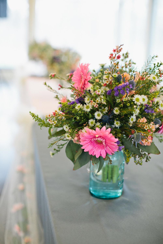 spring wedding flowers Iowa