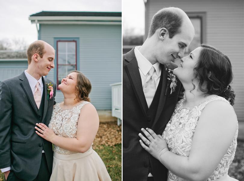 wedding photos at Harper's Ferry historic village