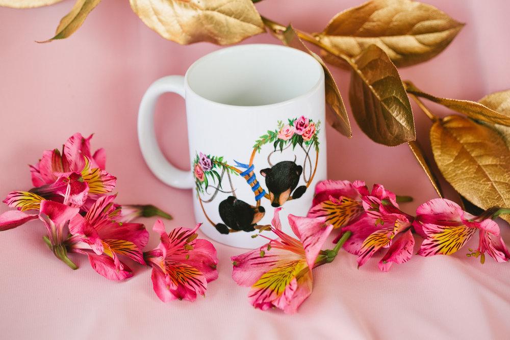 unique wedding favor ideas custom mug flowers