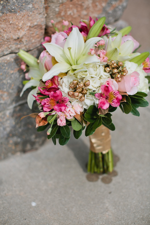 Des Moines wedding boquets