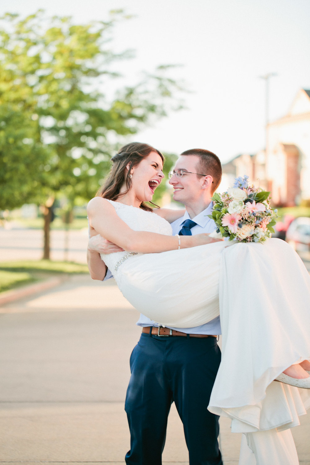 Urbandale-wedding-photographers