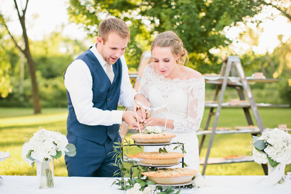 des-moines-wedding-photos-outdoors