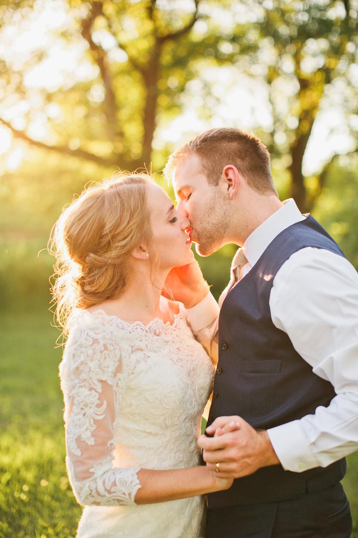 Rollins Mansion sunset wedding photos in Des Moines