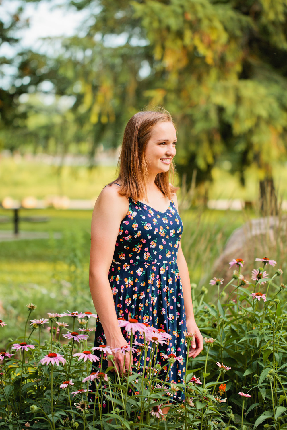 Des Moines high school senior photography with flowers