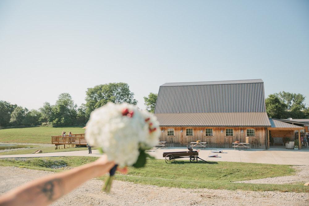 photos-sunset-ridge-barn-wedding