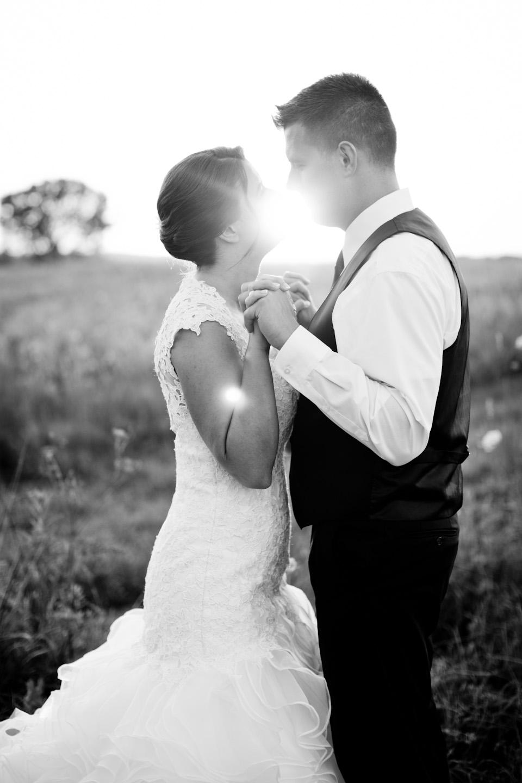 sunset-ridge-barn-wedding-photographer-amelia-renee-des-moines