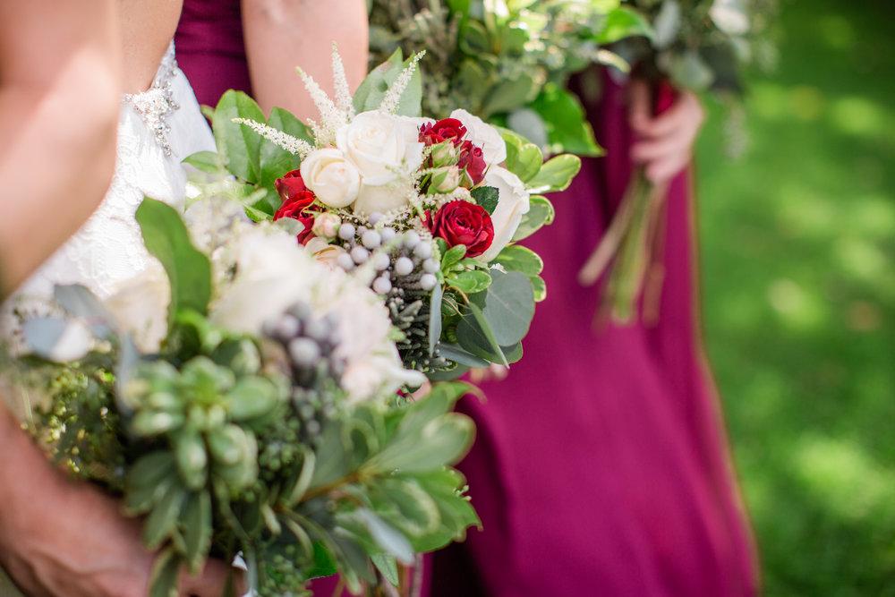des moines and Ames Iowa wedding florists Lavender Blue Floral Artistry