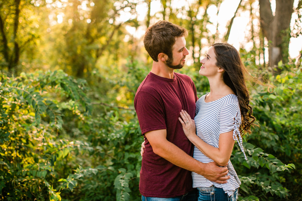 romantic engagement photos in Sioux City Iowa by lake