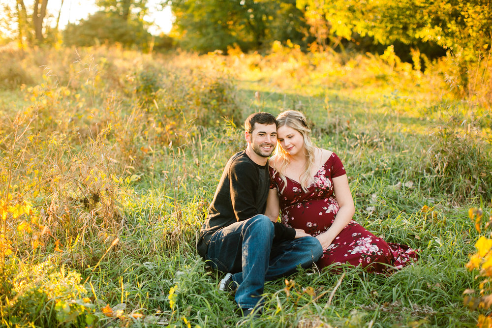 maternity photographers in Des Moines and Cedar Falls Iowa