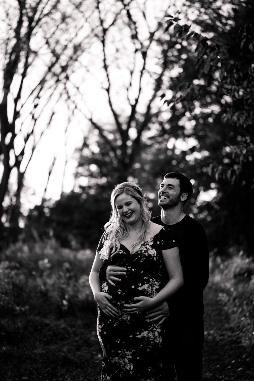des Moines iowa maternity photographers amelia reneee