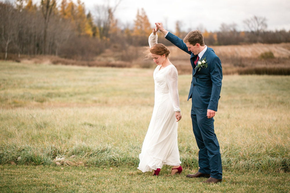western wisconsin wedding venues outdoor affordable photographers Eau Claire