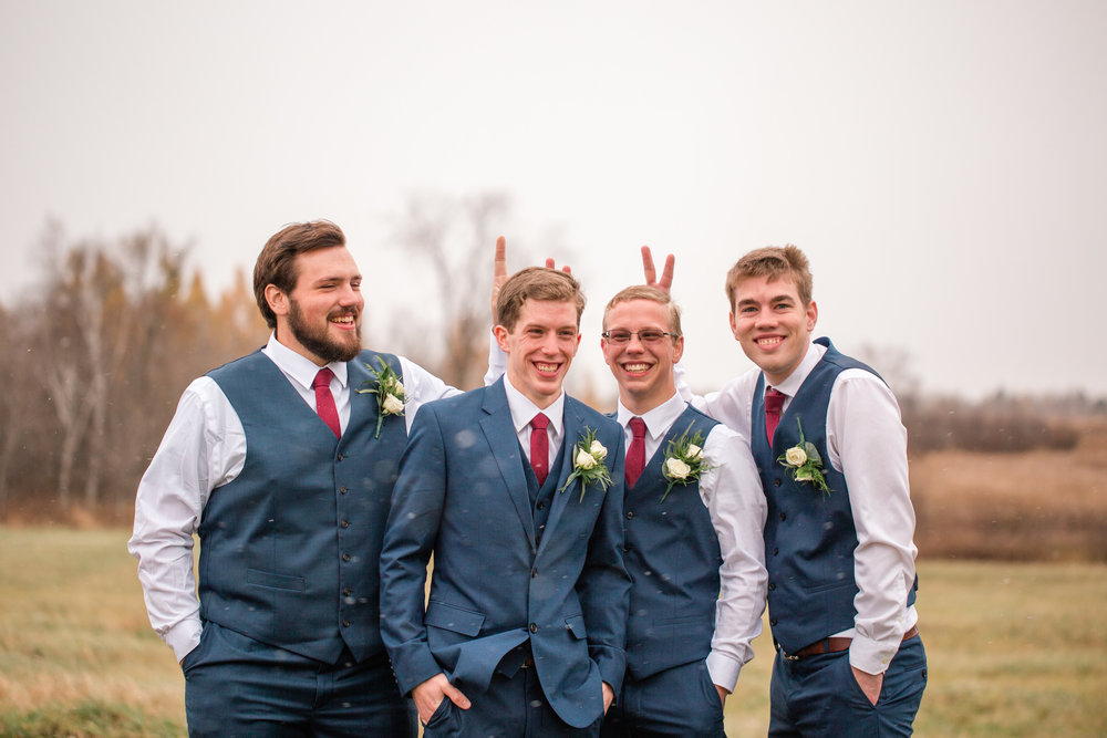 wedding photographers in Eau Claire Wisconsin