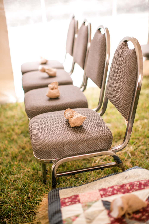 cute fall wedding decor ideas for outdoor farm wedding not tacky classy