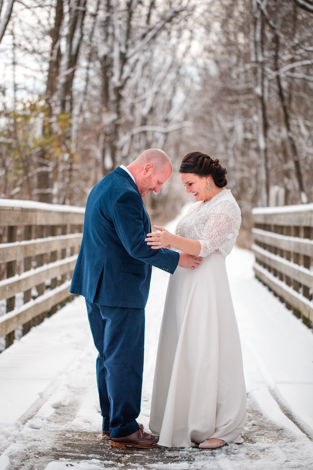 winter wedding elopement photography Des Moines urbandale grimes ankeny waukee