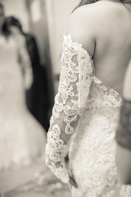 classy romantic wedding photographers