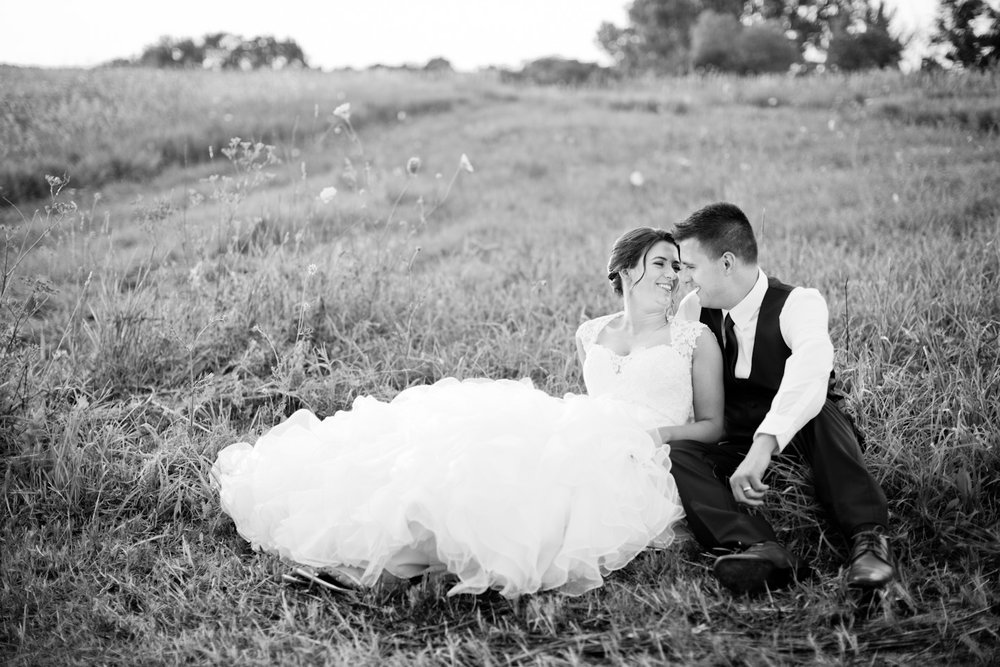 des moines iowa wedding engagement photographers