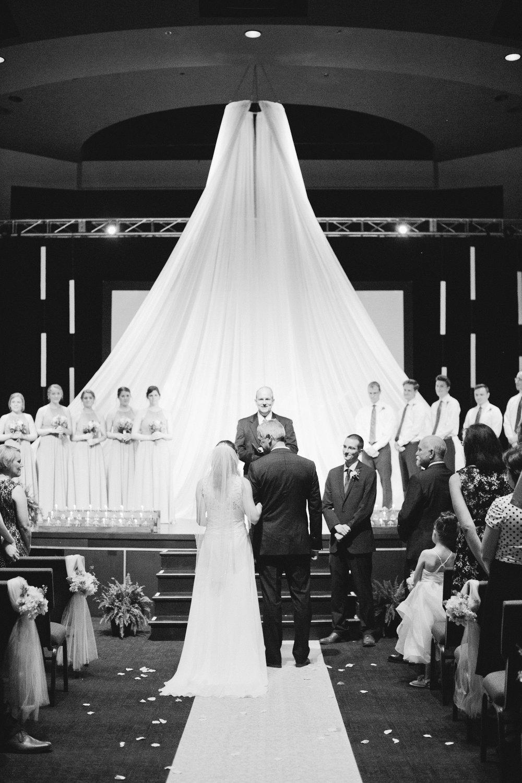 newton-iowa-wedding-photographers