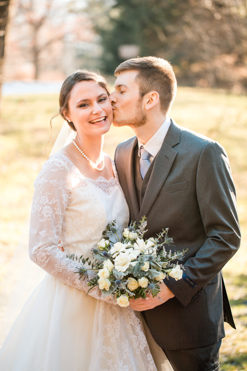 classic wedding photos in cedar rapids iowa