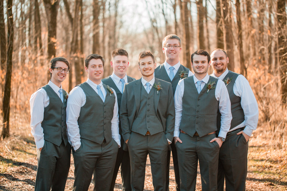 groomsmen photos des Moines iowa